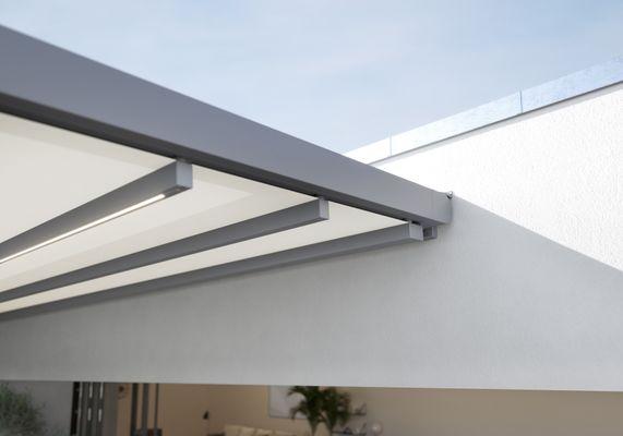 pergola stretch Penthouse Detail Kassette Wandmontage ausgefahren 202010.jpg